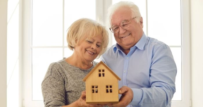Should You Rent or Buy a Home in Retirement Age?